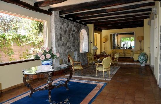 Luxury villas in sicily ville e appartamenti di lusso in for Appartamenti sicilia